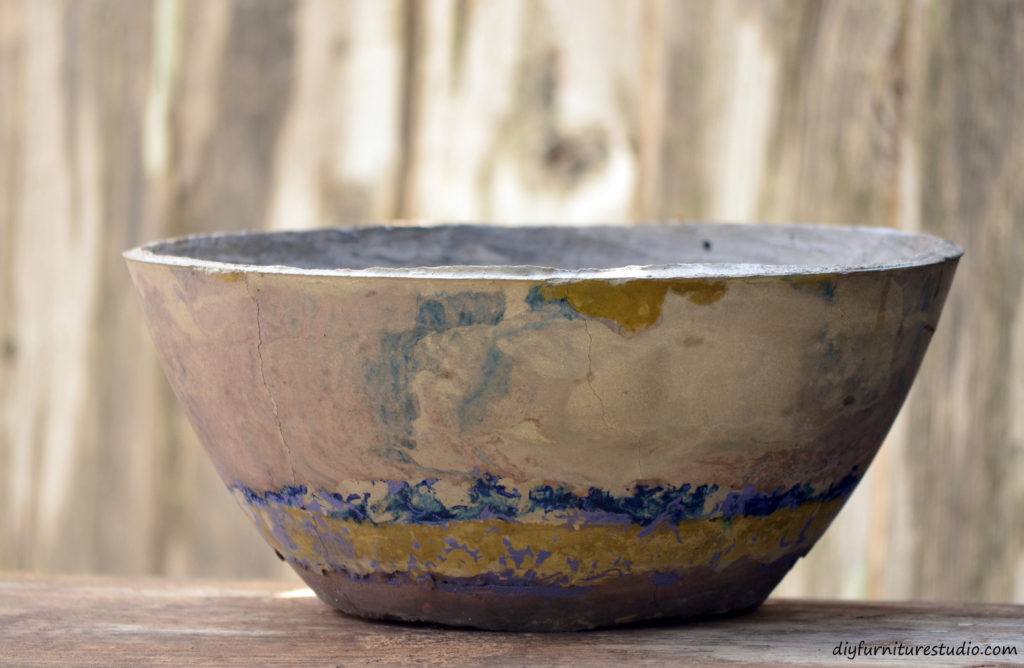 DIY decor gift ideas. Cement bowl tinted with latex paint by DIY Furniture Studio.